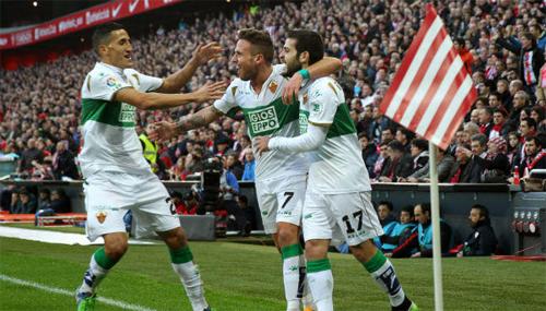 La Liga đánh tụt hạng một CLB do nợ thuế