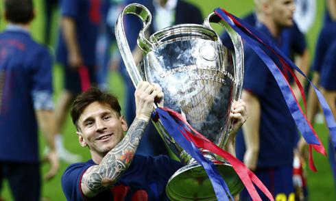Chủ tịch Barca gạt khả năng chia tay HLV Enrique