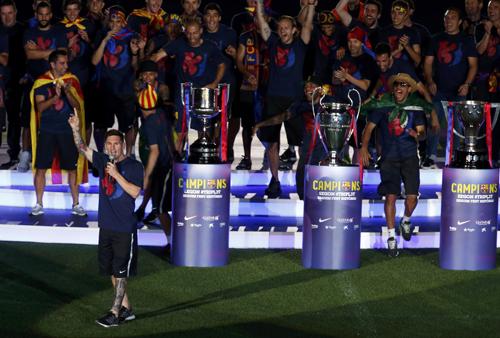 Messi-treble-2015-6185-1434153477.jpg