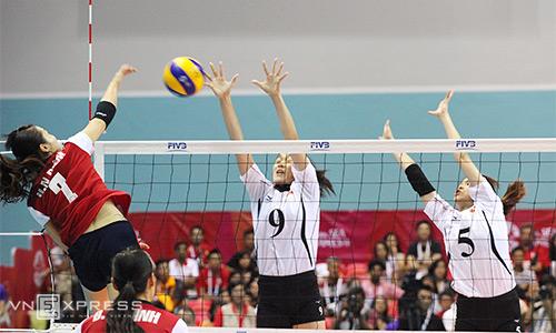 Việt Nam tranh HC vàng bóng chuyền nữ với Thái Lan
