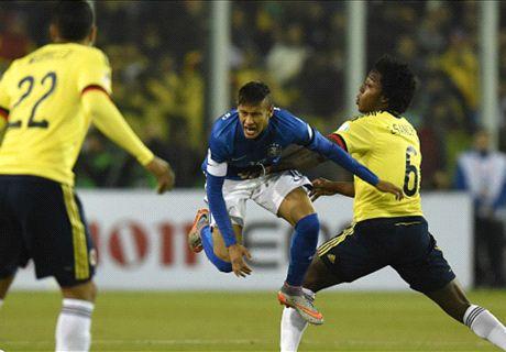 Neymar nhận thẻ đỏ, Brazil trượt ngã trước Colombia