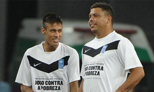 Huyền thoại Ronaldo chỉ trích Neymar