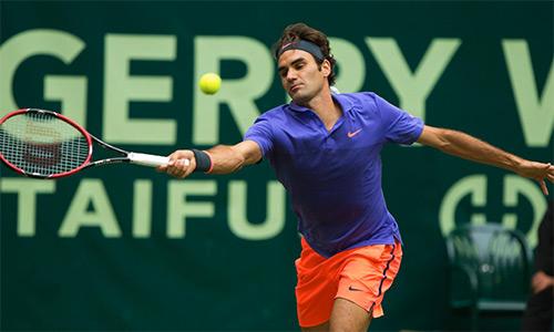 Federer lần thứ 10 vào chung kết tại Halle
