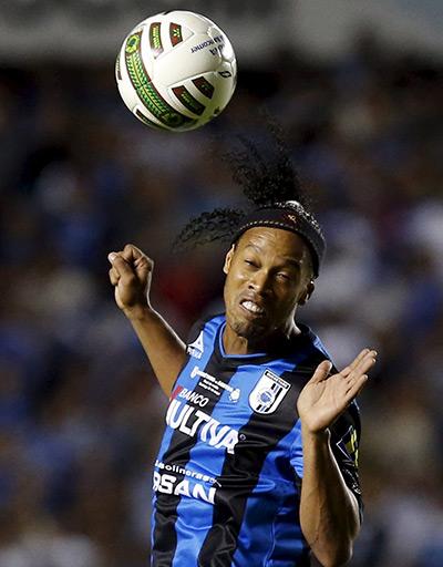 Ronaldinho chia tay CLB Mexico, sẵn sàng trở lại châu Âu
