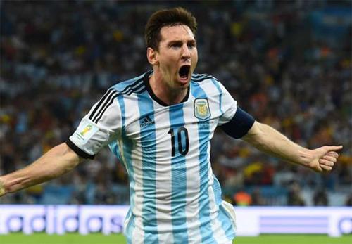 Messi khoác áo Argentina tròn 100 lần