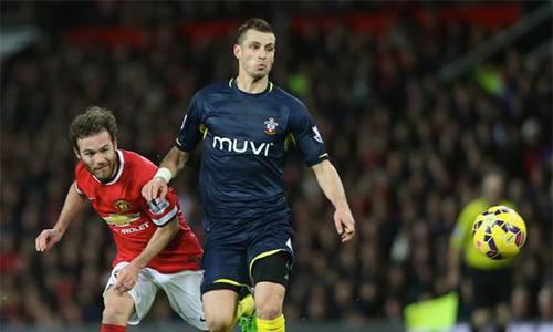 Man Utd thắng Arsenal trong cuộc đua giành Schneiderlin