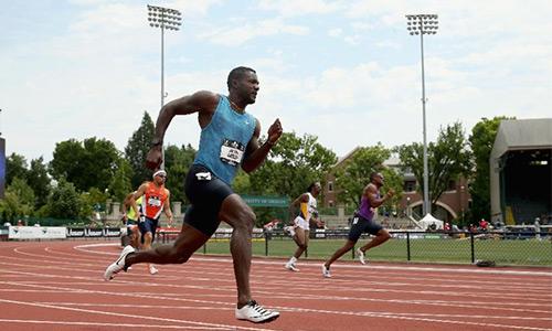 Justin Gatlin chạy 200 mét nhanh nhất thế giới năm 2015