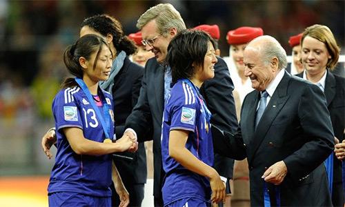 Blatter vắng mặt ở chung kết World Cup bóng đá nữ 2015