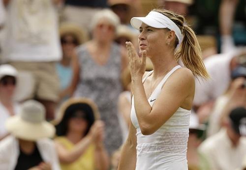 Djokovic, Serena, Sharapova đi tiếp giữa cái nóng 40 độ C