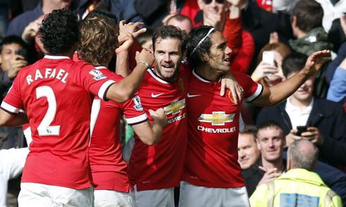 Man Utd đá trận khai mạc Ngoại hạng Anh 2015-2016