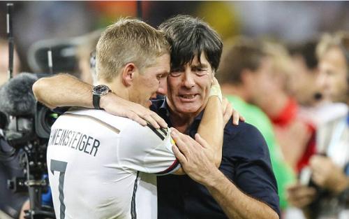 HLV tuyển Đức tin Schweinsteiger tỏa sáng tại Man Utd