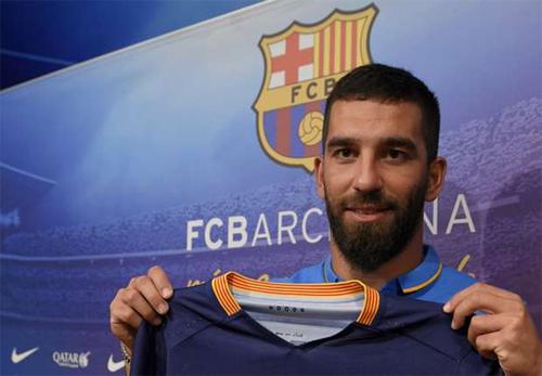 Turan hết lo về nguy cơ bị Barca tống về Atletico