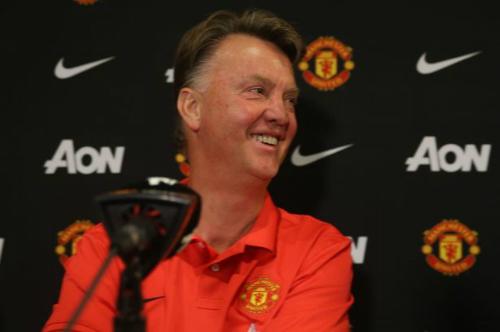 Van Gaal: 'Cầu thủ bí ẩn không phải tiền đạo'