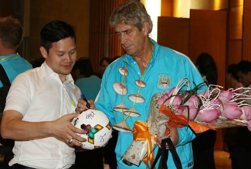 Man City háo hức chờ tận hưởng ẩm thực Việt Nam