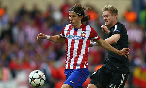 Chelsea chịu lỗ, để Filipe Luis trở lại Atletico
