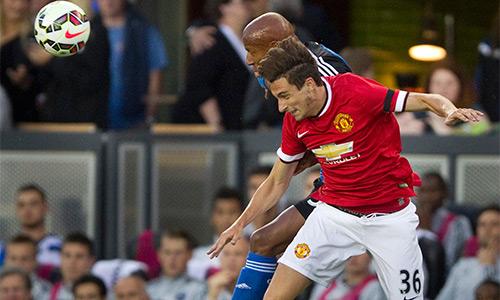 Van Gaal tiết lộ hàng thủ Man Utd đá trận mở màn Ngoại hạng Anh
