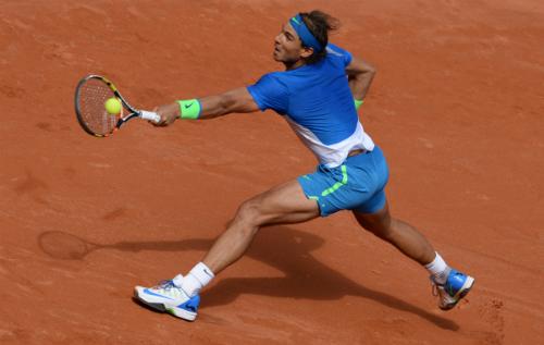 Nadal tiến vào bán kết Hamburg Mở rộng