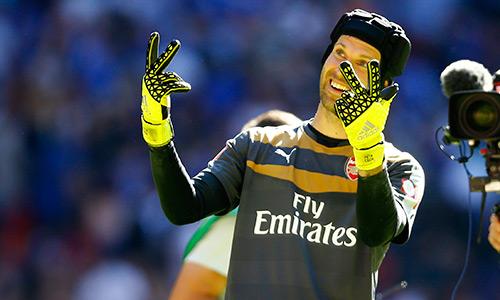 Petr Cech và nụ cười của ngày mai cho Arsenal