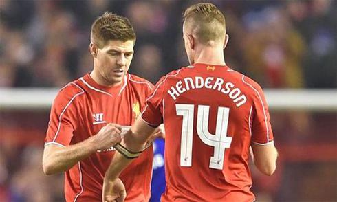 Liverpool trước mùa giải 2015-2016: Cô đơn trong cõi mộng