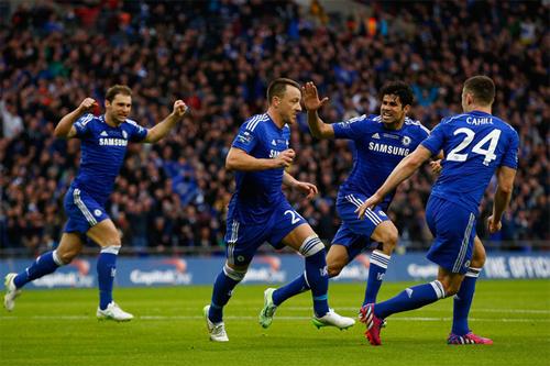 Chelsea trước mùa giải 2015-2016: Màu xanh ngự trị