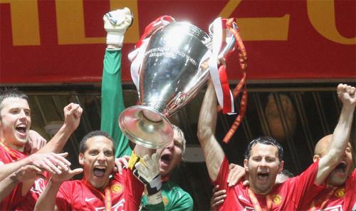 Man Utd dễ thở hơn ở Champions League nhờ Ajax bị loại