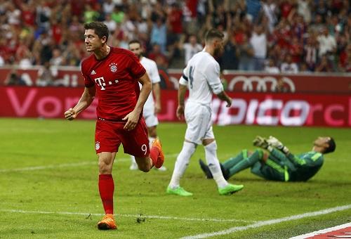 Bayern 1-0 Real: Bàn thắng muộn của Lewandowski