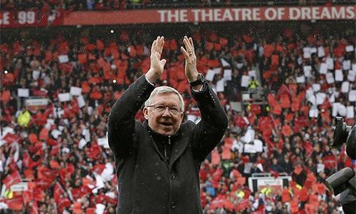 Man Utd trước mùa 2015-2016: Người khổng lồ tỉnh giấc