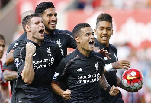 Coutinho lập siêu phẩm giúp Liverpool có ba điểm