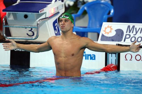 Nhà vô địch thế giới nổi điên vì bị Michael Phelps qua mặt