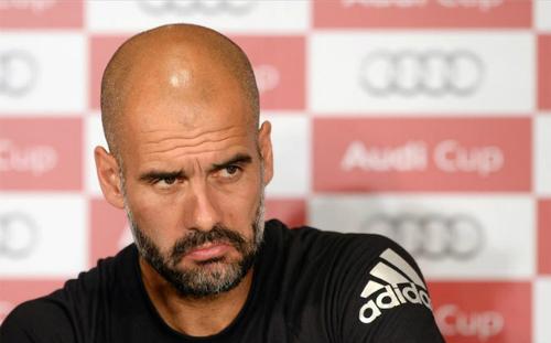 Người Đức tin Guardiola khó trụ lại Bayern đến cuối mùa