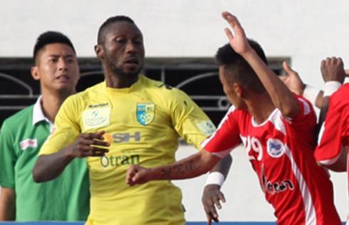 Hậu vệ Hải Phòng bị cấm thi đấu đến hết V-League 2015