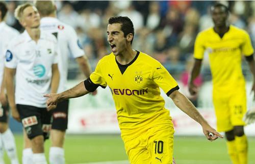 Dortmund ngược dòng ngoạn mục dù thua trước ba bàn