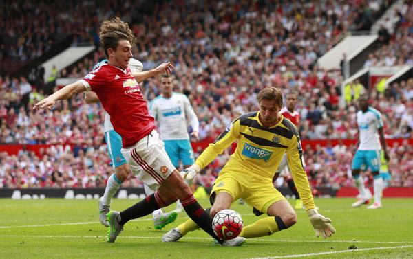Man Utd trở lại mặt đất sau chuỗi toàn thắng