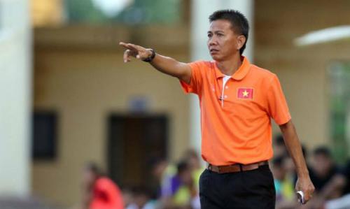 HLV Hoàng Anh Tuấn chưa hài lòng về lối chơi của U19 Việt Nam