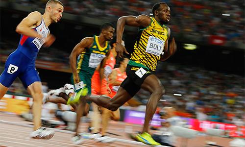 Bolt vào chung kết 200m với thành tích kém Gatlin