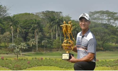 Golf thủ Việt Nam đầu tiên vô địch ở giải châu Á