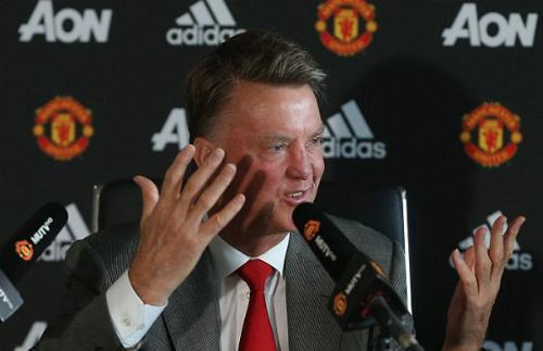 Van Gaal: 'Tôi chú ý mọi điều Rooney nói'