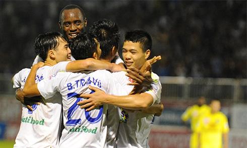 Bình Dương vô địch V-League 2015 sớm hai vòng