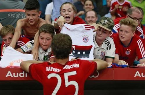 Bayern giúp người tị nạn sau sự kiện bé Aylan