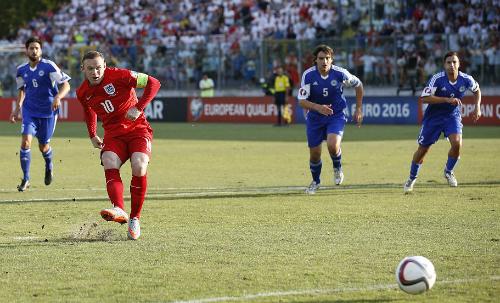 Rooney san bằng kỷ lục ghi bàn ở tuyển Anh