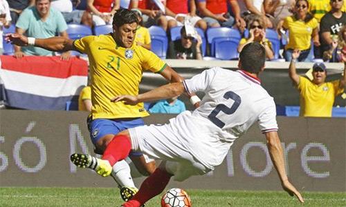 Brazil chật vật thắng trận đầu tiên hậu Copa America 2105