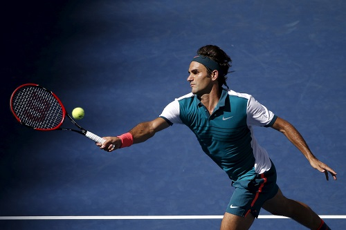 Federer khẳng định sức mạnh, tiến vào vòng bốn