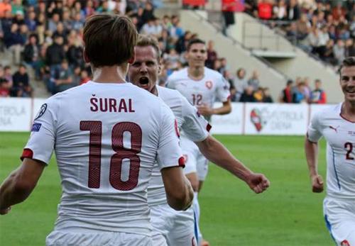 Iceland, CH Czech sớm giành vé dự Euro 2016
