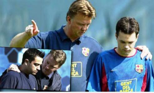 Xavi và Iniesta ủng hộ Van Gaal tại Man Utd