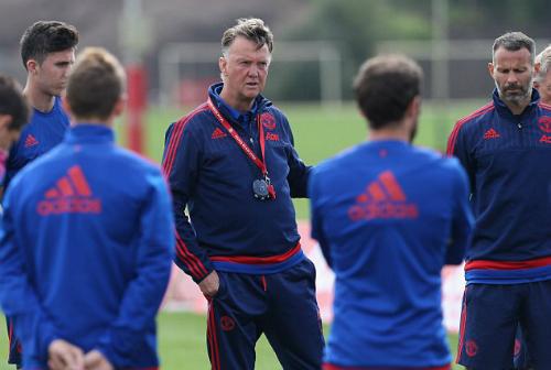 Cầu thủ Man Utd và Van Gaal nảy sinh mâu thuẫn lớn