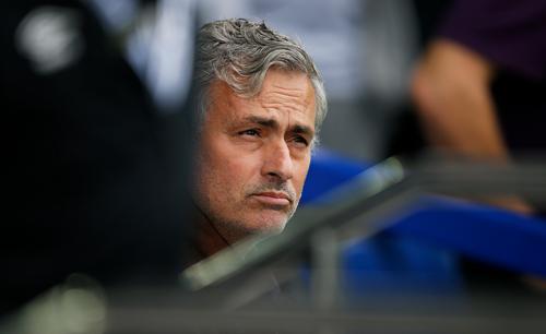 Mourinho: 'Hãy nhớ Chelsea là nhà vô địch'