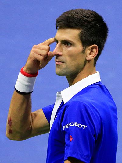 Vì sao Djokovic vẫn thua Federer trong cuộc chiến tình yêu