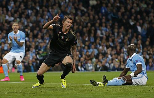 Man City ngã ngựa tại sân nhà trước Juventus