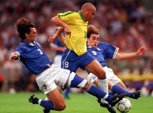 Ronaldo Béo - huyền thoại và những nỗi đau
