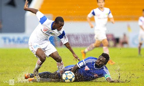 Bình Dương lần thứ tư nâng Cup vô địch V-League